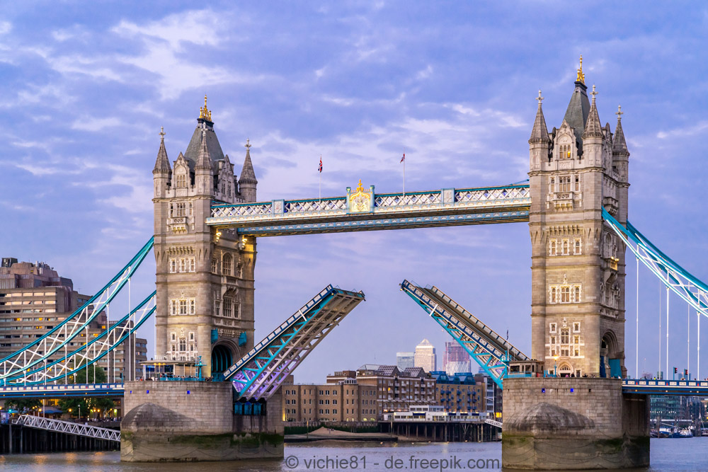 125 Jahre Tower Bridge