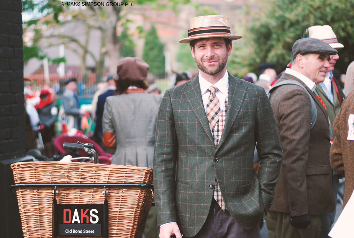 Stilsicher auf dem Rad: der Tweed Run